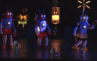 Extrait du spectacle Robot au Zéphyr, le 2- février 2016 (Crédit: capture d'écran Youtube/RSMovies973)