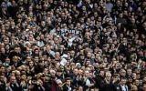 Les supporters du Hotspur de Tottenham dans les gradins durant une rencontre de Premier League entre le Hotspur et Liverpool au stade de Wembley le 22 octobre 2017 à Londres, en Angleterre (Crédit : David Ramos/Getty Images via JTA)