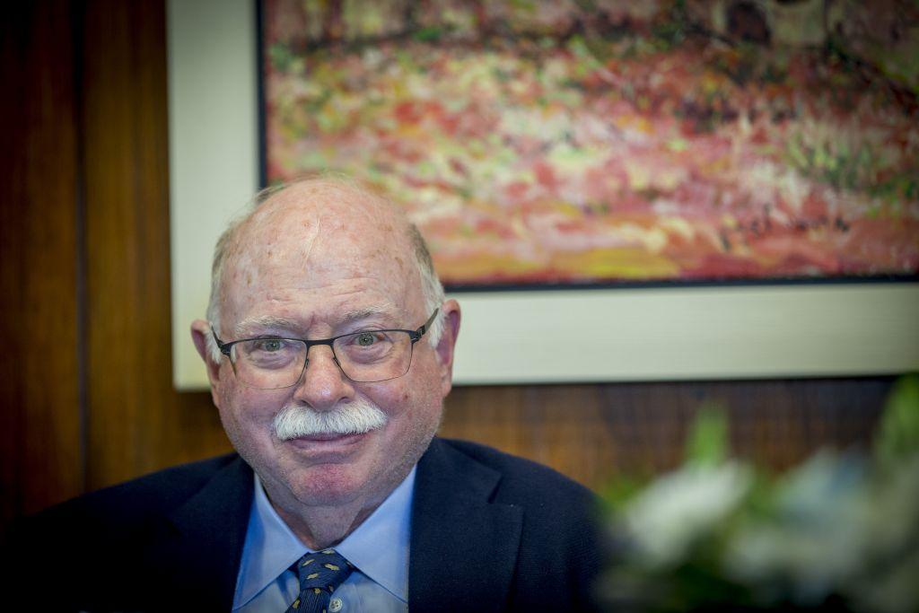 Michael Steinhardt lors d'une réunion à la Knesset à Jérusalem, le 26 avril 2017 (Crédit : Yonatan Sindel/Flash90)