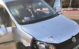 Le véhicule utilisé par un Palestinien dans une attaque à la voiture bélier qui a fait deux victimes israéliennes dans le centre de la Cisjordanie le 17 novembre 2017 (Crédit : Armée israélienne)