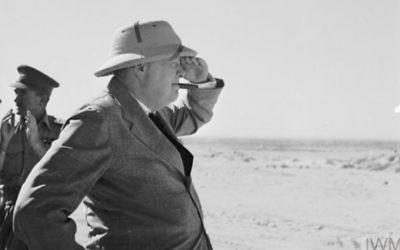 Winston Churchill en Palestine, alors sous mandat britannique en mars 921,près de 30 ans avant la création d'un État hébreu. (Crédit : Churchill Museum)