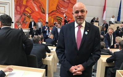 Martin Engelbert, député pour le Parti populaire autrichien, lors de son premier jour au Parlement, le 9 novembre 2017. (Autorisation)