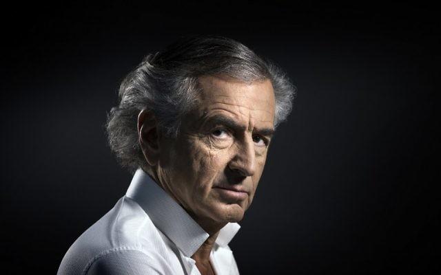 Le philosophe et auteur français Bernard-Henri Levy à Paris, le 14 janvier 2016. (Crédit : AFP Photo/Joel Saget)