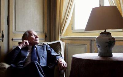 Jean d'Ormesson, à Paris, le 22 février 2006. (Crédit : AFP / Olivier Laban-Mattei)