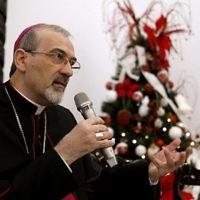 L'archevêque Pierbattista Pizzaballa, administrateur apostolique du Patriarcat latin durant une conférence de presse dans les locaux du Patriarcat, dans la Vieille Ville de Jérusalem, le 20 décembre 2017. (Crédit : AFP / GALI TIBBON)
