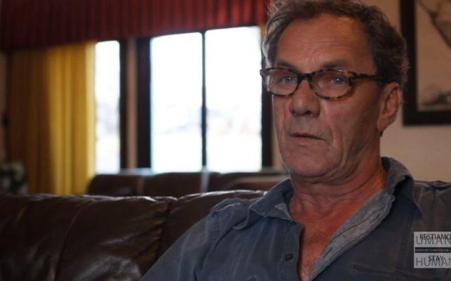 Capture d'écran d'une interview avec le producteur israélo-arabe Mohammad Bakri (YouTube/Stay Human The Reading Movie)