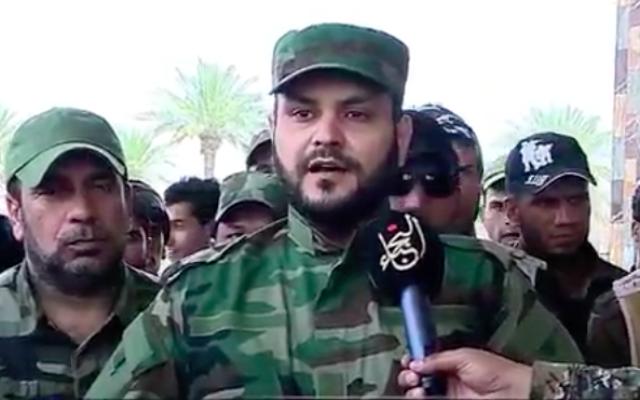Sheikh Akram al-Kaabi, chef de la milice de Noujaba (Crédit : Capture d'écran YouTube)