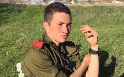 Ron Yitzhak Kokia, un soldat de Tsahal qui a été poignardé à mort dans une attaque terroriste, le 30 novembre 2017 (Crédit : Tsahal)