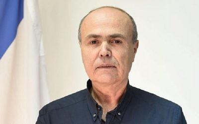 Le général de brigade Kamil Abu Rokon, actuel chef de l'Autorité du passage des frontières du ministère de la Défense, nommé prochain officier de liaison militaire d'Israel avec les Palestiniens le 17 décembre 2017. (Dana Shraga / Ministère de la Défense)