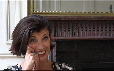 Ronit Matalon, romancière primée, a succombé à un cancer, à l'âge de 58 ans, le 28 décembre 2017. (Crédit : capture d'écran YouTube)
