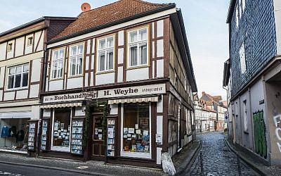 La librairie Weyhe, propriété de Helga Weyhe, dans la ville allemande de Salzwedel, le 10 janvier 2018 (Crédit :/ AFP PHOTO / John MACDOUGALL