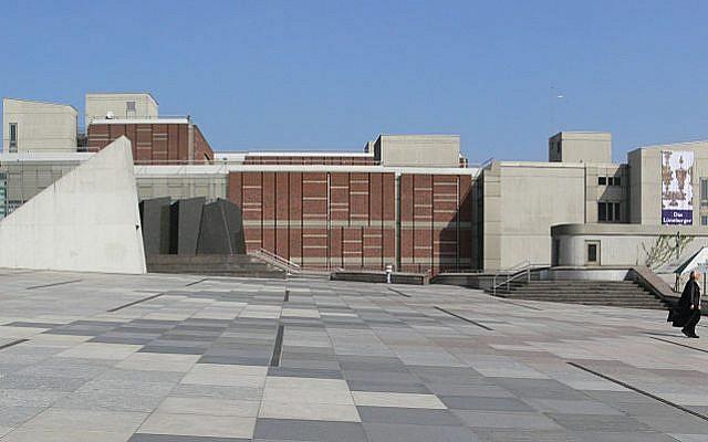 Illustration : Le Musée des Arts Décoratifs de Berlin (Wiki Commons, CC BY 3.0, Andreas Praefcke)