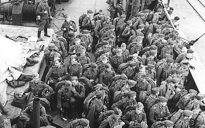 Les soldats finnois de la Waffen-SS rentrent aux pays en 1943 (Crédit :  Wikimedia/Creative Commons)