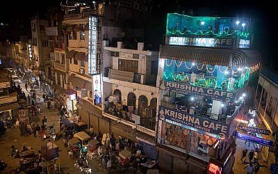 Le Paharganj à Delhi, le 12 décembre 2016 (Crédit : Nati Shohat/Flash90)