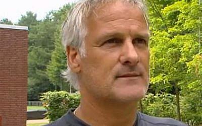 L'entraîneur néerlandais Fred Rutten. (Crédit : De Gibbon / Domaine public)