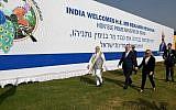 Le Premier ministre Benjamin Netanyahu et son homologue indien Narendra Modi en Inde le 17 janvier 2018 (Crédit :  Joshua Davidovich/Times of Israel staff)