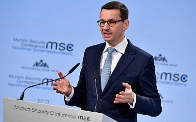 Le Premier ministre polonais Mateusz Morawiecki prononce un discours lors de la Conférence de Munich sur la sécurité le 17 février 2018, à Munich, dans le sud de l'Allemagne. (AFP PHOTO / Thomas KIENZLE)