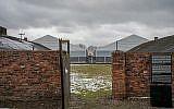 Cette photo prise le 2 décembre 2016, à Oswiecim (Auschwitz), en Pologne, montre des baraquements dans l'ancien camp de concentration nazi (AFP/Bartosz Siedlik)