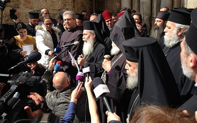 Le patriarche grec-orthodoxe Theophile III annonce la fermeture de l'église du saint sépulcre en protestation contre les politiques israéliennes, le 25 février 2018 (Autorisation)