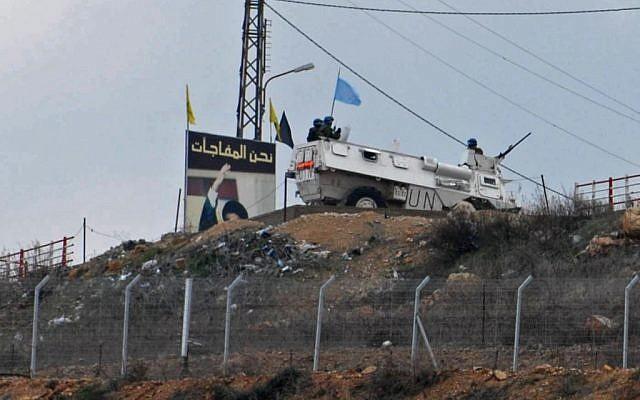 Une patrouille de la FINUL près de la frontière israélo-libanaise (Hamad Almakt / Flash90)