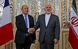 Le ministre iranien des Affaires étrangères, Mohammad Javad Zarif (à droite), serre la main du ministre français des Affaires étrangères, Jean-Yves Le Drian, lors de leur rencontre à Téhéran, capitale de l'Iran, le 5 mars 2018 (AFP / ATTA KENARE)