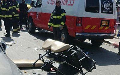 Scène d'un accident meurtrier à Beit Shemesh le 2 mars 2018 (Crédit :  Hatzalah)