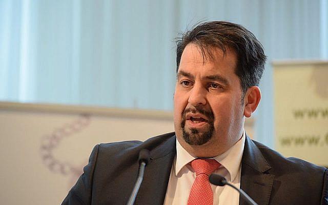 Aiman Mazyek, président du conseil central des musulmans d'Allemagne (Crédit : Commons wikimedia/Christliches Medienmagazin pro)