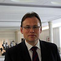 Arkadiusz Mularczyk, député du parti conservateur nationaliste Droit et Justice en Pologne. (Crédit : Lukas Plewnia/CC BY-SA 2.0)