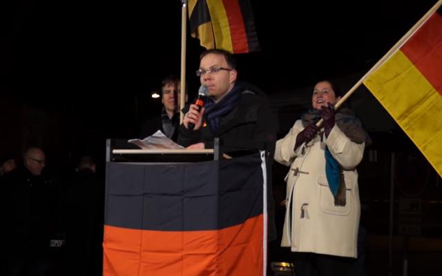 Christian Blex de l'AfD, parti de l'extrême-droite allemande, présent lors de ce déplacement à Damas  (Capture d'écran : YouTube)