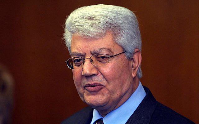 Portrait de l'ancien ministre des Affaires étrangères David Levy, le 3 mars 2003. (Crédit : Flash90)