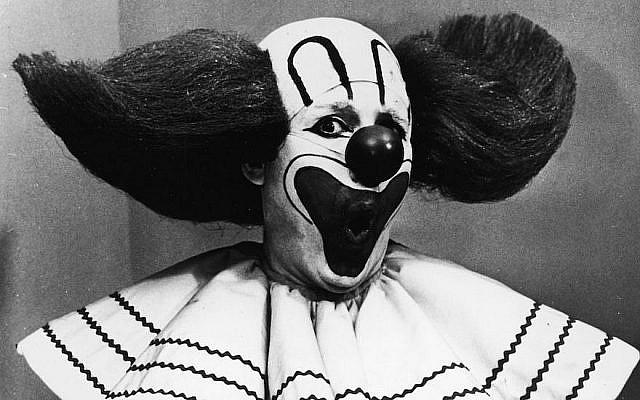 Frank Avruch dans le rôle de Bozo the Clown, vers 1965. (Crédit : Hulton Archive/Getty Images via JTA)