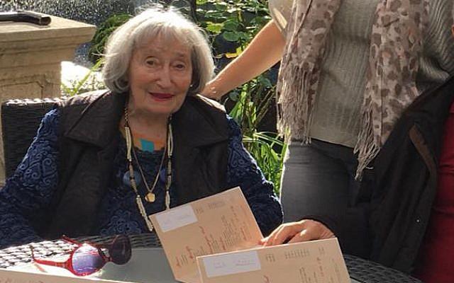 Mireille Knoll, 85 ans, survivante de l'Holocauste retrouvée brûlée dans son appartement parisien (Crédit : Autorisation).