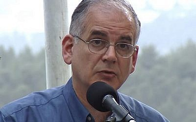 Ido Netanyahu, frère du Premier ministre Benjamin Netanyahu (Capture d'écran YouTube)