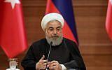 Le président iranien Hassan Rouhani durant une conférence de presse avecd les leaders de Turquie et de Russie durant un sommet tripartite en Syrie, à Ankara, le 4 avril 2017 (Crédit : AFP PHOTO / ADEM ALTAN)