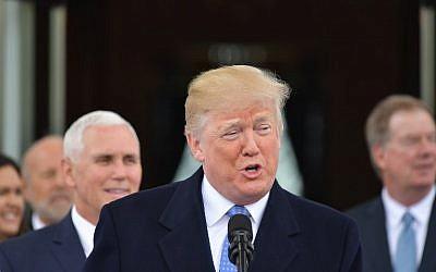 Le président américain Donald Trmp, à la Maison Blanche, le 27 avril 2018. (Crédit : AFP/ MANDEL NGAN)