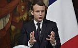 Le président français Emmanuel Macron lors d'un conférence de presse après sa rencontre avec le Premier ministre italien Paolo Gentiloni, le 11 janvier 2018 au Palazzo Chigi à Rome. (Crédit : AFP / Andreas SOLARO)