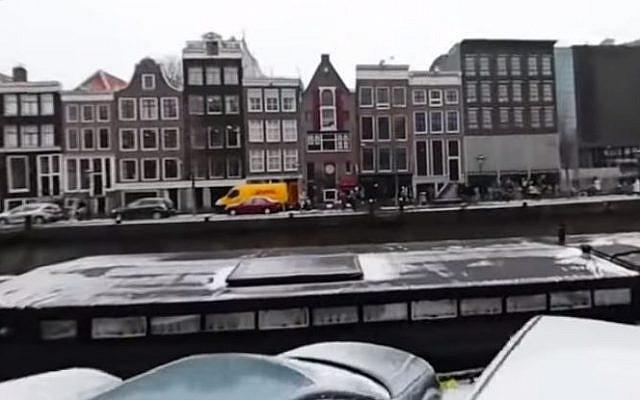 Le musée de la Maison d'Anne Frank à Amsterdam. (Capture d'écran/YouTube)