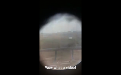 Extrait de la vidéo montrant un sniper tirer sur un Palestinien apparemment désarmé (Capture d'écran)