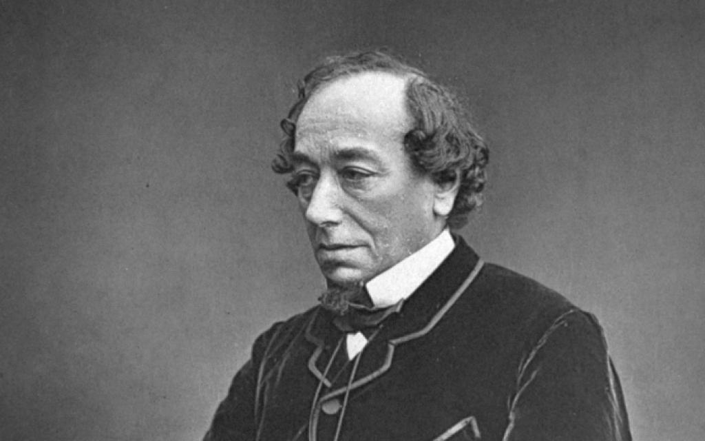 Benjamin Disraeli vers 1878 (Crédit : domaine public)