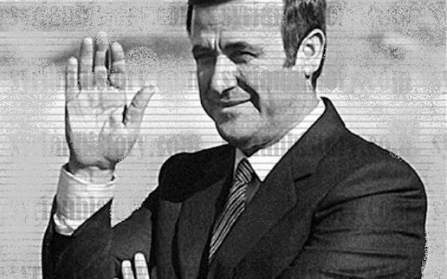 Rifaat al-Assad, à l'époque où il était commandant du Corps de défense dans les années 1980 (Crédit : Domaine public/Wikimedia)