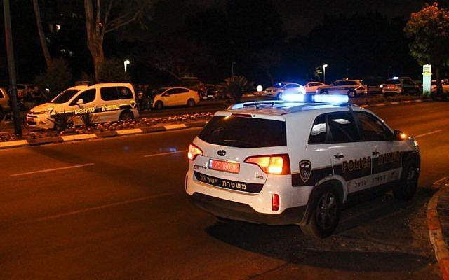 Photo illustrative d'une voiture de patrouille de la police israélienne. (Moti Karelitz / Flash90)