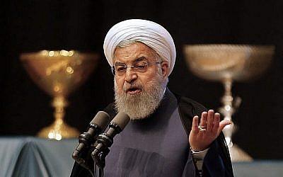 Le président iranien Hassan Rouhani prononce un discours dans la ville de Tabriz, au nord-ouest de l'Azerbaïdjan oriental, le 25 avril 2018 (ATTA KENARE/AFP).