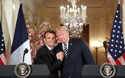 Le président américain Donald Trump et le président français Emmanuel Macron lors d'une conférence de presse conjointe à la Maison Blanche, à Washington, le 24 avril 2018  (Crédit : (AFP PHOTO / Ludovic MARIN)