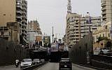 Les affiches des candidats aux élections parlementaires dans le centre de Beyrouth (Crédit :  / AFP PHOTO / JOSEPH EID)