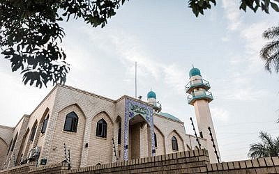 Une vue générale de la mosquée de l'Imam Hussain  dans les faubourgs de Durban après une attaque qui a fait un mort et deux blessés, le 10 mai 2018   (AFP PHOTO / RAJESH JANTILAL)