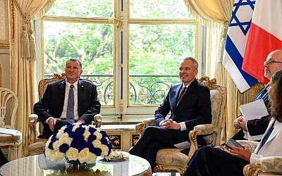 François de Rugy, président de l'Assemblée nationale rencontre son homologue Yuli Edelestein, le 16 mai 2018 à Paris (Crédit: AFP PHOTO / BERTRAND GUAY)