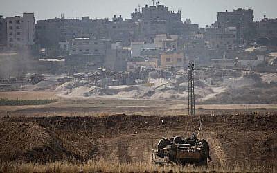 Un char de Tsahal se trouve près de la bande de Gaza le 15 mai 2018. (Hadas Parush/ Flash90)