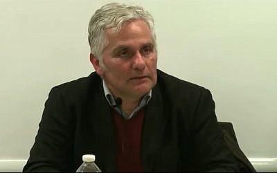 L'historien Denis Charbit (Crédit: capture d'écran AIUmaber/Youtube)