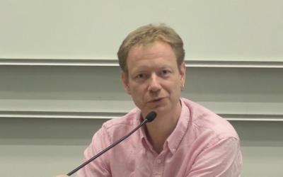 Le porte-parole des députés communistes Pierre Dharréville. (Crédit : capture d'écran YouTube)