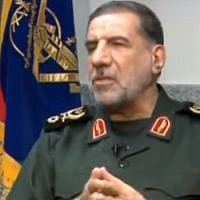 Le général Ismail Kowsari, commandant-adjoint de la bade de Tharallah des Gardiens de la révolution iraniens,  sur la chaîne Al-Alam, le 27 septembre 2017 (Capture d'écran  YouTube/Middle East Media Research Institute)